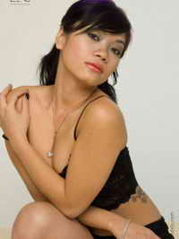 a nude horny girl from Groves, Texas