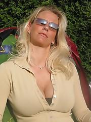 horny Pawleys Island female